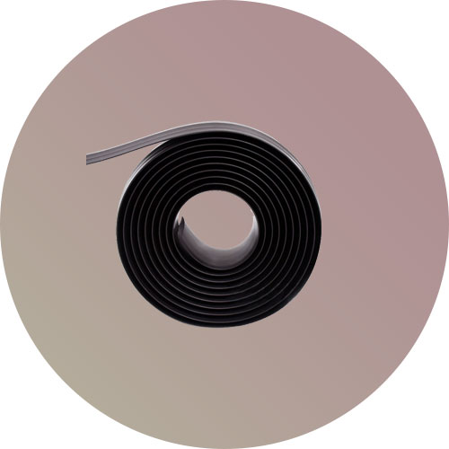 store-magnetic-wall